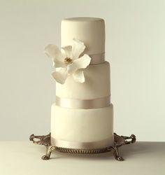 LOVE the simplistic elegance    Google Image Result for http://static.weddingwire.com/static/vendor/10001_15000/13139/Image/ARCD%2520-%2520Monochrome%2520Cake(2).jpg