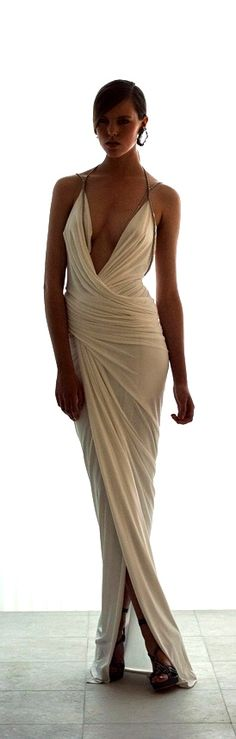 Grecian costume anyone? Elegant Dresses, Pretty Dresses, Sexy Dresses, Long Dresses, Prom Dresses, Style Work, Mode Style, Mode Glamour, White Gowns