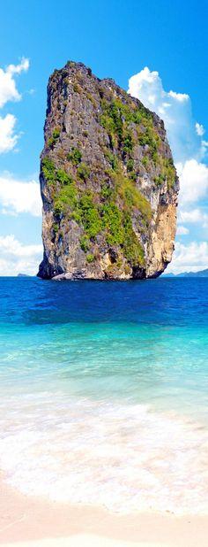 Beautiful alone rock on the Railay beach, Phuket, Thailand