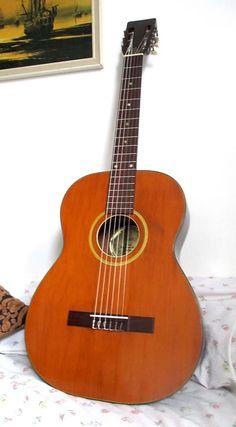 "Valdez Hagstrom ""Espana"" Finland hand made orchestra OM Vintage classical folk guitar Buy Guitar, Guitar Bag, Guitar Shop, Acoustic Guitar, Classical Guitars, Small Guitar, Famous Names, Sub Brands, Vintage Guitars"