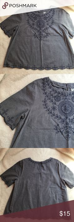 "Old Navy Denim Swing Top Denim embroidered Swing Top from Old Navy in excellent condition. Short sleeves. PTP 22.5"" and 24.5"" in length. Size large:) Old Navy Tops"