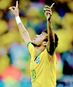 The World cup / Neymar celebrating his first goal in the World cup 2014 against Croatia Solo Soccer, Messi Soccer, Soccer Tips, Nike Soccer, Soccer Cleats, Barcelona Soccer, Fc Barcelona, Mia Hamm, Soccer Girl Problems