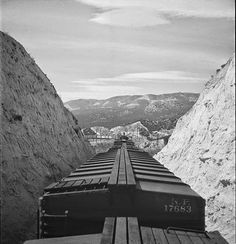 Railroads, Diesel Locomotives, Railroad Photography, Railroads of Brazil, Southern Pacific, Santa Fe Railway, Union Pacific