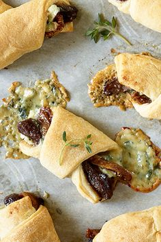 Steak and Blue Cheese Bites | Art and the Kitchen- delicious bites of tender steak, figs and blue cheese baked in a golden brown crescent.