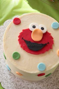 Elmo Smash Cake 6 Grass Furrytipped buttercream Elmo face