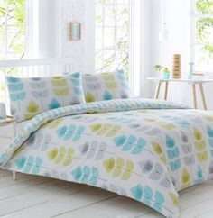 This bedding set from The Collection brightens up a modern bedroom with vintage-inspired elegance. Blooming with a beautiful floral print, it is irresistibly soft in a cotton blend.