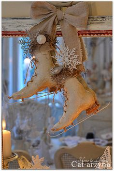 "Shabby Chic Christmas Skates :: These look ""Victorian"" ..."