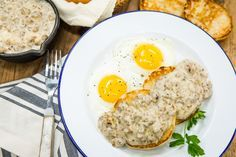 A hearty and delicious breakfast from Jill Wagner and her Dad! Sausage and Gravy Biscuits! For more tasty recipes tune in to Home & Family weekdays at 10a/9c on Hallmark Channel!