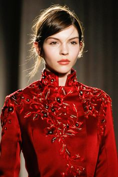 Marchesa Fall 2013 RTW - Details - Fashion Week - Runway, Fashion Shows and Collections - Vogue - Vogue