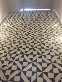 Tile Floor, Flooring, Texture, Bathroom, Surface Finish, Washroom, Tile Flooring, Bath Room, Hardwood Floor
