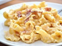 Gouda and bacon macaroni and cheese.