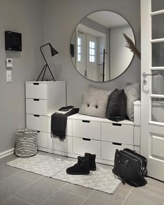 … –Skandinavischer Eingang … – 47 ideas for decorating entryway contemporary wall mirrors 27 Small Bedroom Storage, Storage Spaces, Storage Ideas, Home Decor Furniture, Diy Home Decor, Diy Decoration, Furniture Ideas, Cute Room Decor, Beautiful Interiors