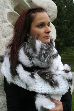 écharpe over size blanche avec insertion de renard argenté
