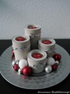 Adventlicher Teller mit Beton - in Rot Silber