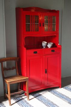 Oude Zweedse rode buffetkast | Nieuw! | Rosa Rugosa