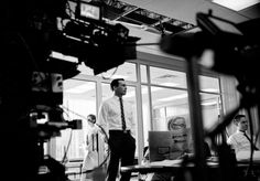 Behind the Scenes on the Mad Men Set with the Cast & Crew including the Glamboyant January Jones | Sassi Sam Girlie Gossip Files