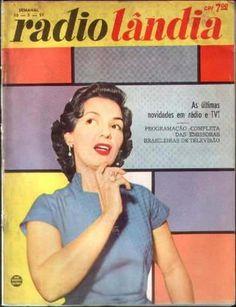 """O GATO QUE COME O RATO ...: HISTORIA DO ROCK NACIONAL - RESUMO DA ÓPERA Anos 50  O """"pontapé inicial"""" do rock no Brasil foi Nora Ney (conhecida cantora de samba-canção) quando gravou o considerado primeiro rock, """"Rock around the Clock"""", de Bill Haley & His Comets (trilha do filme Sementes da Violência), em outubro de 1955, para a versão brasileira do filme. Em uma semana a canção já estava no topo das paradas (mas Nora Ney nunca mais gravou nada no gênero....."""