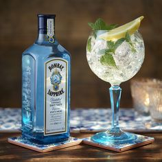 Ingredients: 50ml Bombay Sapphire 6 mint leaves 25ml lime cordial 100ml premium tonic water Lime wedge and mint sprig for garnish Method: Pour the Bombay Sapphire and lime cordial into a balloon glass. Add the mint leaves and fill with ice. Top with premium tonic water. Garnish with a lemon wedge and mint sprig.
