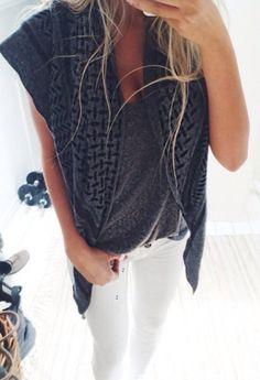 grey tank + white skinny jeans ♥