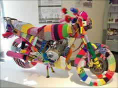 Google-Ergebnis für http://img.izismile.com/img/img4/20111202/640/urban_knitting_640_08.jpg