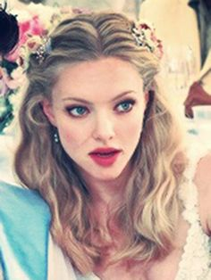 Amanda Seyfried bride in the big wedding love this hair style