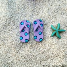 Beach fairy garden - Miniature Flip flops  I have a tiny sand dollar that would be cute instead of the sea star, need to find the flip flops!