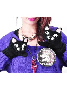 Cat Mittens / See more at http://www.cdjapan.co.jp/apparel/new_arrival.html?brand=LIS #harajuku