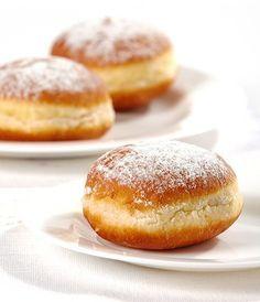 Donuts Rellenos de Mermelada Te enseñamos a cocinar recetas fáciles cómo la receta de Donuts Rellenos de Mermelada y muchas otras recetas de cocina.