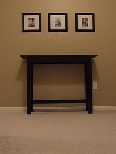 I want to make this!  DIY Furniture Plan from Ana-White.com  This simple console table is ideal for building with a nailer, if you have one. It uses mostly 1x boards, so will be lightweight and sturdy. Many of our readers have had success with this project. Special thanks to one of our readers, Jen, for sharing their photo with us.