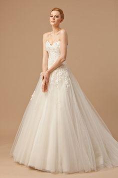 FIONA - A-line Sweetheart Chapel train Tulle Wedding dress - Sposamore