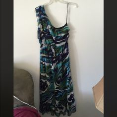 Cynthia Rowley Maxi Dress FINAL SALE PRICE Worn once. This item is in good condition but it has been worn. Please ask any questions before purchasing. Cynthia Rowley Dresses Maxi