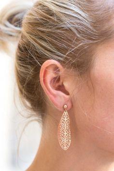 ORNAMENT Ohrringe rosé vergoldet Ornament, Earrings, Jewelry, Fashion, Neck Chain, Gemstone Earrings, Armband, Ear Rings, Decorating