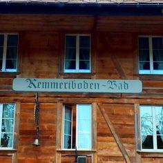 Jetzt auf dem Blog (Link in Bio): Stella meets Gotthelf #emmental #ämmital #kemmeribodenbad #kemmeribodenbadrestaurant #kemmeribodenbadmeringue #iheartswitzerland #switzerlandwonderland #instatravel #igersswitzerland by mindfulstella