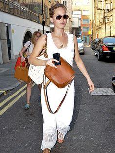 SHE'S WHITE HOT!   photo | Jennifer Lawrence