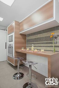Cozinha de tons neutros
