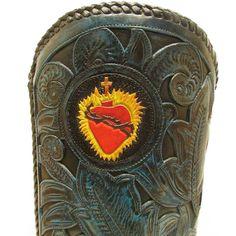 Sacred heart  #cotww #instafashion #instagood #styleinspiration #fashion #shoelover #boots #style #styleguide #styleicon