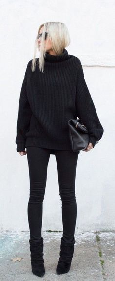 All black Street Style....