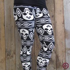 Carrying a secret behind those spooky smiles,these leggings are the magically mysterious piece of clothing your closet has been waiting for!