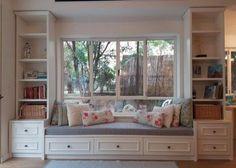 Window seat idea for the kids room Home Living Room, Living Room Decor, Bedroom Decor, Bedroom Ideas, Bedroom Red, Bedroom Storage, Window Benches, Window Seats, Window Wall