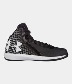 finest selection 51823 4eccc Boys  UA Torch Grade School Basketball Shoes   Under Armour US Boys Basketball  Shoes,