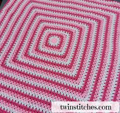 The Wobbly Squares Blanket is a square v-stitch blanket made with double crochet - Hastag Stalk Baby Afghan Crochet, Crochet Cushions, Crochet Quilt, Manta Crochet, Granny Square Crochet Pattern, Crochet Squares, Crochet Blanket Patterns, Double Crochet, Crochet Blankets