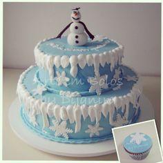 Bolo e cupcake de Frozen! Lindos! www.arteembolos.com.br