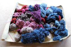 Nuestros hilos recién teñidos! Listos para tejer. │Our threads recently dyed. We already to weave! www.biyuu.mx