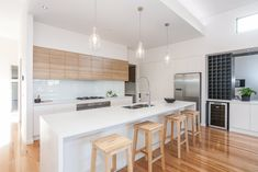 Fantastic use of polytec Natural Oak Ravine in overhead cupboards creating a fresh kitchen design Condo Kitchen, Kitchen Cupboards, Home Decor Kitchen, Kitchen Interior, New Kitchen, Home Kitchens, Kitchen Remodel, Kitchen Dining, Timber Kitchen