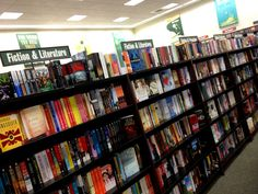 Book store scavenger hunt for date night (I love this idea!)