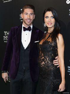 Football Awards, Fifa Football, Green Carpet, Wife And Girlfriend, Thinspiration, Real Madrid, Girlfriends, Formal, London England