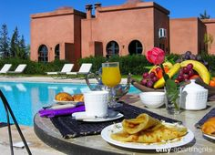 Rent the apartment Le domaine de l'ourika in Marrakesh for less with Only-Apartments. Marrakech, Table Settings, Vacation, Table Decorations, Home Decor, Vacations, Decoration Home, Room Decor, Place Settings