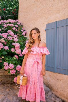 Outfit Details: Look Lisa Marie Fernandez Dress, Mark Cross Bag (sold out, similar here), K. Pink Outfits, Dress Outfits, Summer Outfits, Summer Dresses, Buy Dress, Dress Skirt, Dress Up, Gauze Dress, Jw Moda