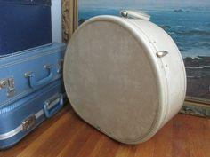 Samsonite Gray Round Hard Shell Luggage by Truckstopcarnival, $30.00