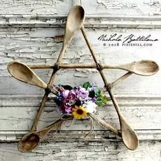 luxury cars - Rustic Spoon Star a Kitchen Witch Pentagram with Tutorial Nichola Battilana pixiehill com Rustic Spoons, Wooden Spoons, Wooden Spoon Crafts, Crafts To Make, Arts And Crafts, Diy Crafts, Hanger Crafts, Wiccan Crafts, Wiccan Decor